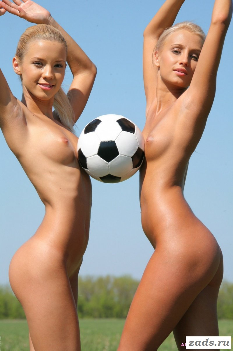 sexy-soccer-babes-nackt-bobbs-kapoor-nude