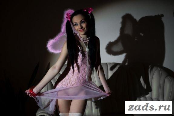 Восемнадцатилетняя раздетая фея из сказки