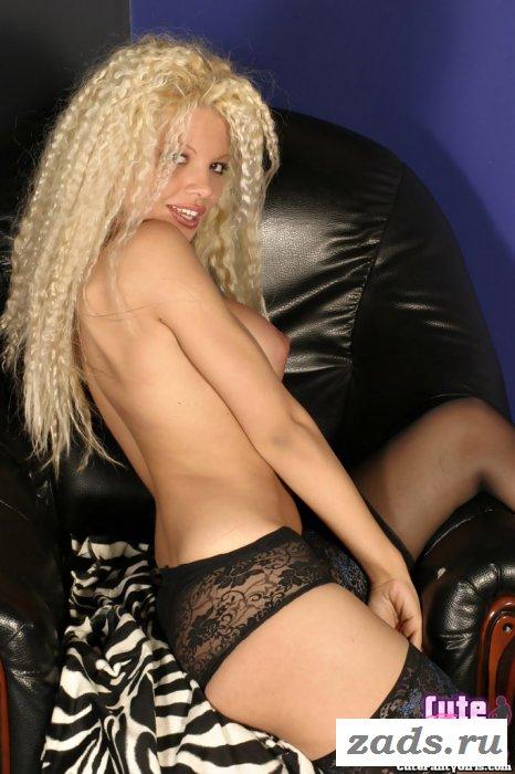 Рандеву с подкачанной голой блондой
