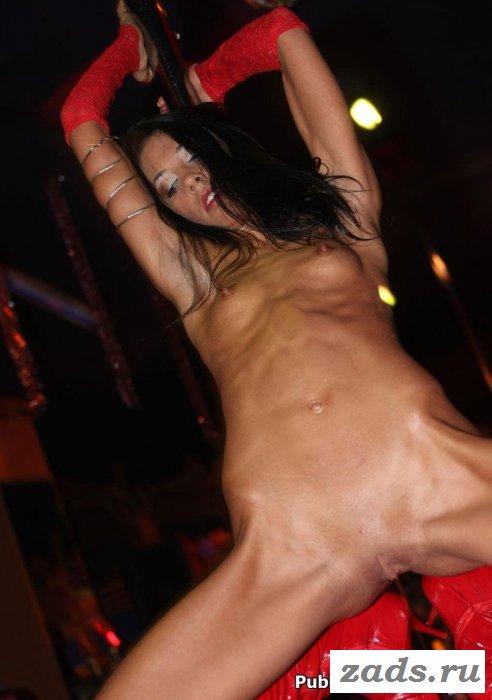Раздевается голая танцует клуб видео — img 5