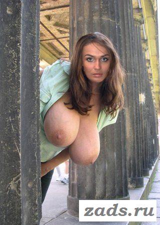 Страстная Алена Водонаева покажет пизду
